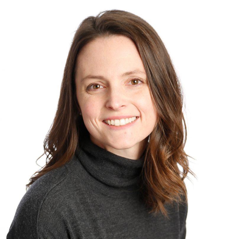 Professional headshot of Amanda Colonna